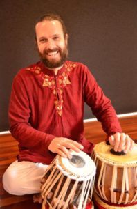 Shen Flindell tabla player